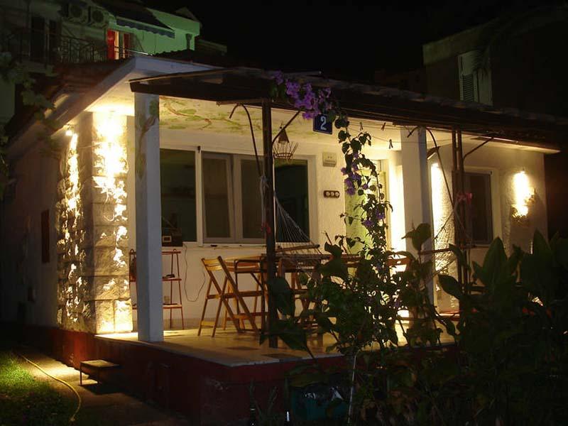 house-in-budva--night